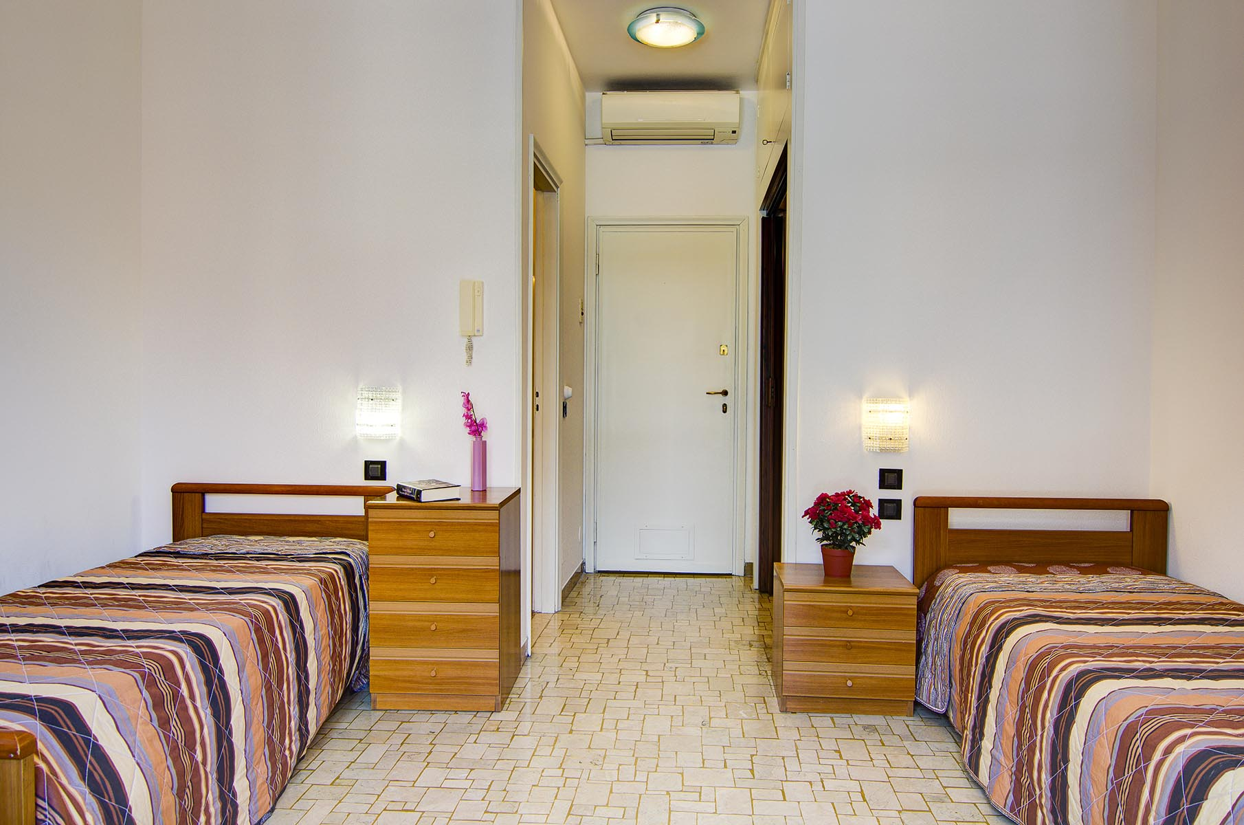 Comfort Suite – two beds